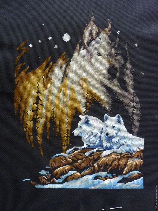 Животные ручной работы. Ярмарка Мастеров - ручная работа. Купить картина вышитая крестом Северное сияние. Handmade. Комбинированный, волки