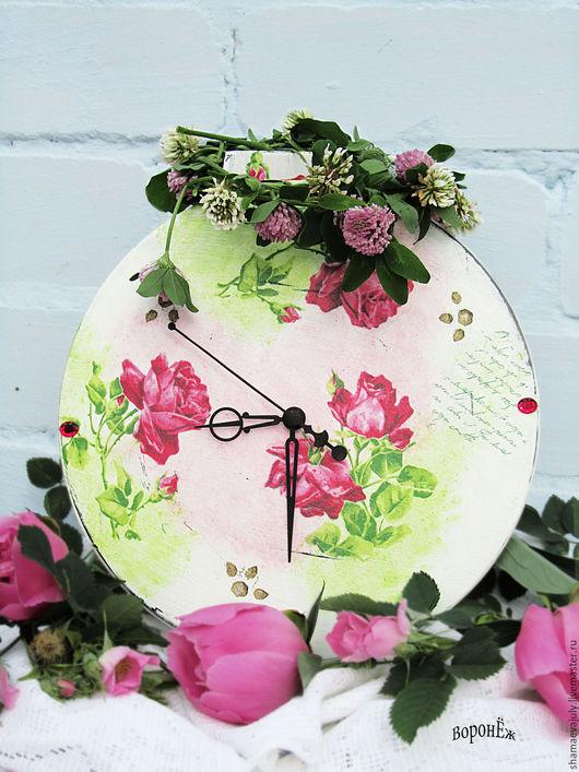 """Часы для дома ручной работы. Ярмарка Мастеров - ручная работа. Купить Часы настольные """"Розовый сад"""". Handmade. Белый"""