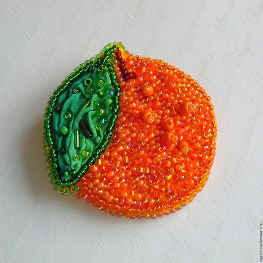 Броши ручной работы. Ярмарка Мастеров - ручная работа. Купить брошь из бисера Апельсин. Handmade. Оранжевый, брошь, Вышивка бисером