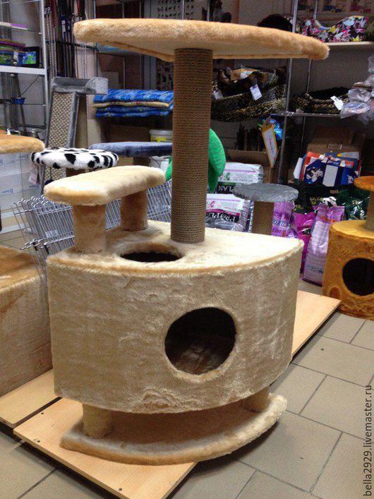 """Аксессуары для кошек, ручной работы. Ярмарка Мастеров - ручная работа. Купить Домик для кошек """"Угловой со ступенькой на ножках"""". Handmade."""
