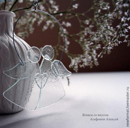 """Новый год 2017 ручной работы. Ярмарка Мастеров - ручная работа. Купить Стеклянные ангелы """"Мы летим по жизни обнявшись друг с другом....."""". Handmade."""