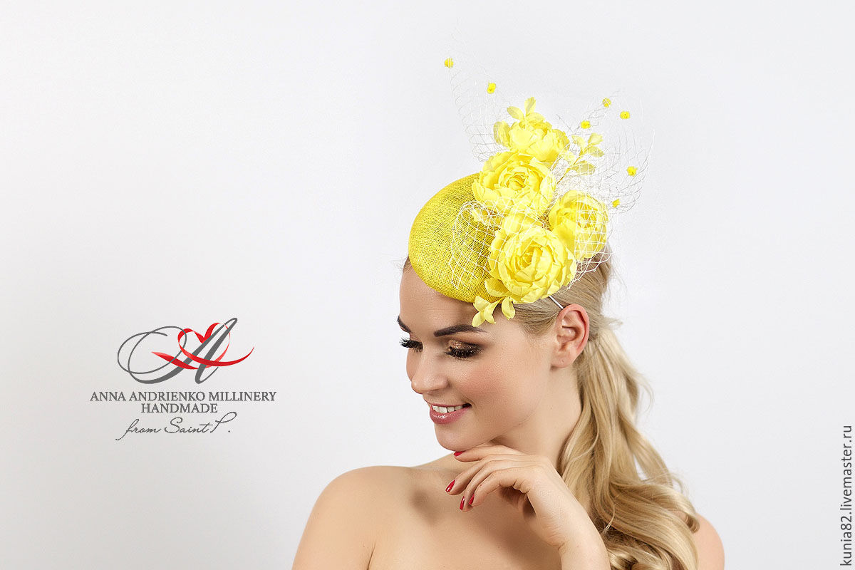 Свадебные и вечерние аксессуары ручной работы. Вечерняя шляпка таблетка с желтыми цветами. Анна Андриенко. Ярмарка Мастеров.