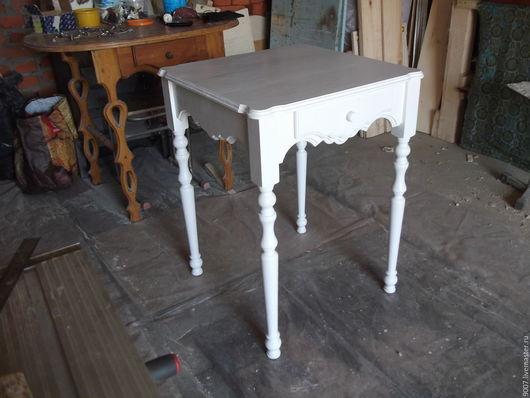 Мебель ручной работы. Ярмарка Мастеров - ручная работа. Купить столик кухонный на точеных ножках в стиле шеби-шик. Handmade.