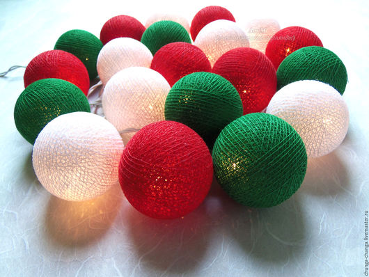 """Освещение ручной работы. Ярмарка Мастеров - ручная работа. Купить Светящиеся шарики """"Рождество"""",  красно-зеленая гирлянда из фонариков. Handmade."""