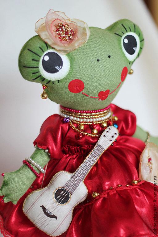 """Игрушки животные, ручной работы. Ярмарка Мастеров - ручная работа. Купить игрушка ручной работы """"Лягушка-гитаристка"""". Handmade. Зеленый"""