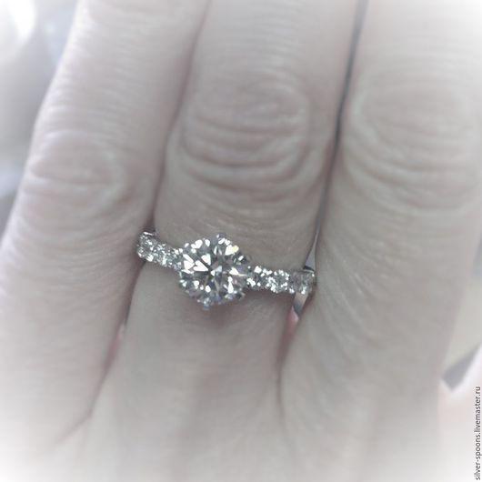 """Свадебные украшения ручной работы. Ярмарка Мастеров - ручная работа. Купить """"Долгожданная помолвка"""". Обручальное кольцо с драгоценным камнем.. Handmade."""