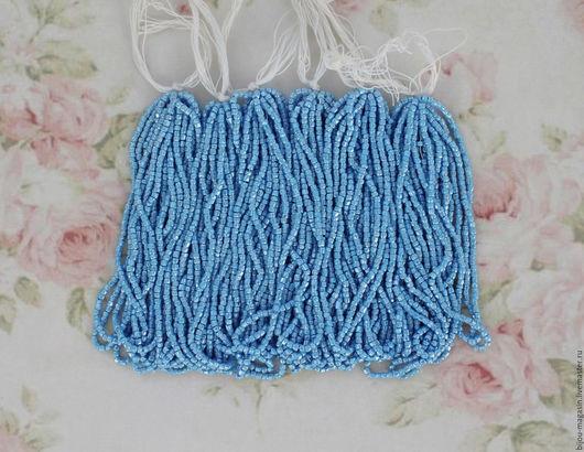 Для украшений ручной работы. Ярмарка Мастеров - ручная работа. Купить Винтажный богемский бисер, цвет голубой, цена за нить 14 см.. Handmade.