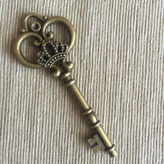 Куклы и игрушки ручной работы. Ярмарка Мастеров - ручная работа. Купить Декоративный винтажный ключ 260556. Handmade. Коричневый