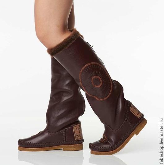 Обувь ручной работы. Ярмарка Мастеров - ручная работа. Купить Зимние высокие сапоги с элементами вышивки STELLA /бордовые/. Handmade.