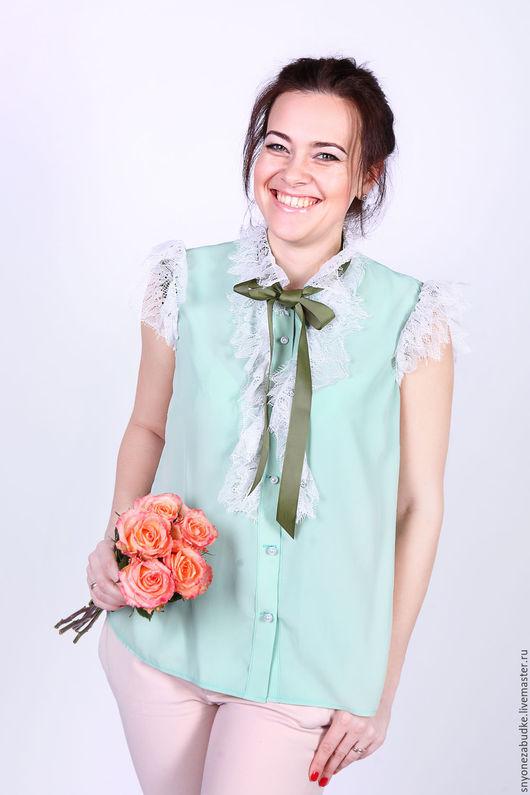Блузки ручной работы. Ярмарка Мастеров - ручная работа. Купить Шелковая блузка с кружевом Фисташковое мороженное. Handmade. Мятный, вискоза