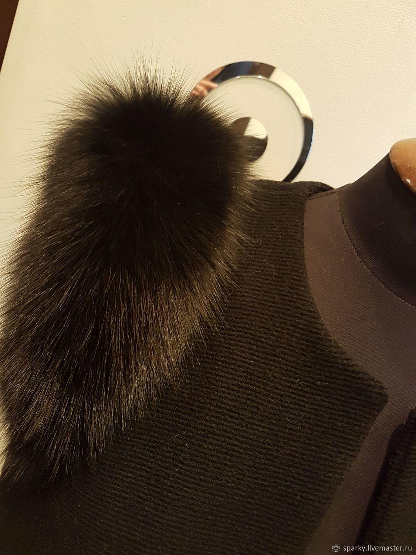 каталоге жилетки с мехом на плечах фото наших кухонных