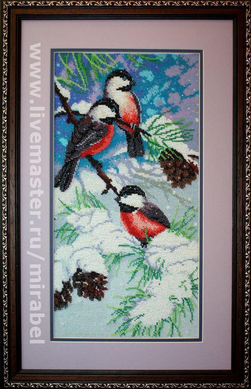 """Животные ручной работы. Ярмарка Мастеров - ручная работа. Купить Украшение для интерьера. Вышитая картина  """"Снегири на сосновой ветке"""". Handmade."""