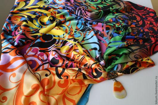 Кулоны, подвески ручной работы. Ярмарка Мастеров - ручная работа. Купить Платок  с кулоном Жар птица. Handmade. Шелковый платок