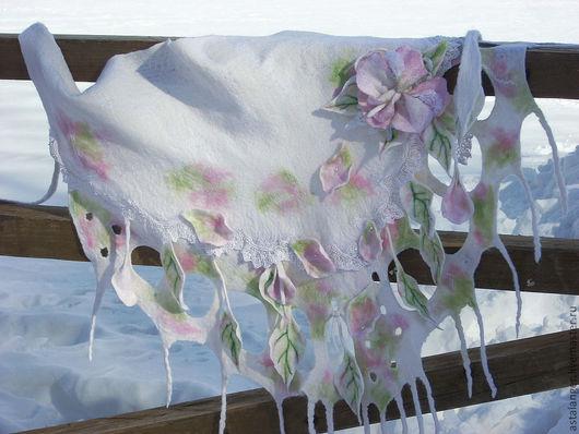 """Шарфы и шарфики ручной работы. Ярмарка Мастеров - ручная работа. Купить Валяный шарф - бактус """" нежность """". Handmade."""