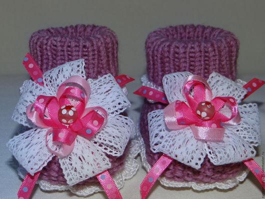 Пинетки вязаные  с бантиками Теплый подарок малышке, пинетки вязаные, пинетки для девочки, пинетки для малыша, пинетки в подарок, розовый, пинетки в подарок, теплый подарок маме, на выписку из роддома