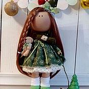 Куклы и игрушки ручной работы. Ярмарка Мастеров - ручная работа Интерьерная текстильная кукла большеножка Новогодняя Ёлочка. Handmade.