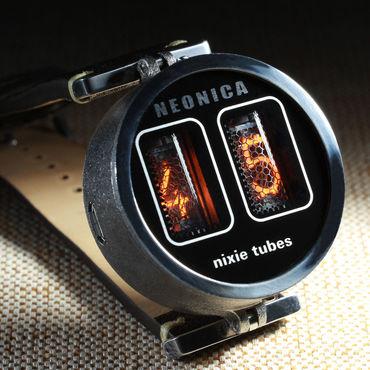 Украшения ручной работы. Ярмарка Мастеров - ручная работа Самые маленькие наручные часы на лампах. Handmade.
