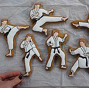 Подарки к праздникам ручной работы. Ярмарка Мастеров - ручная работа Имбирные пряники Каратэ. Handmade.