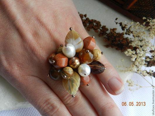 """Кольца ручной работы. Ярмарка Мастеров - ручная работа. Купить """"Карамель"""" кольцо с подвесками. Handmade. Коричневый, кольцо, кольцо с камнями"""
