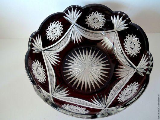Винтажные предметы интерьера. Ярмарка Мастеров - ручная работа. Купить Ваза Красное цветное двухслойное стекло  1930гг. Handmade.
