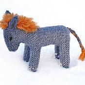 Куклы и игрушки ручной работы. Ярмарка Мастеров - ручная работа Игрушка ослик вязаный. Handmade.