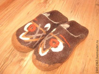 Обувь ручной работы. Ярмарка Мастеров - ручная работа. Купить Мужские тапочки. Handmade. Коричневый, валяные тапки, шерсть 100%