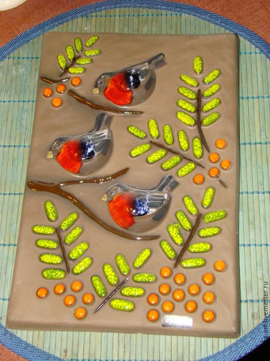 Винтажные сувениры. Ярмарка Мастеров - ручная работа. Купить Керамическое панно-Снегири. Handmade. Керамика, ретро керамика, оригинальный подарок