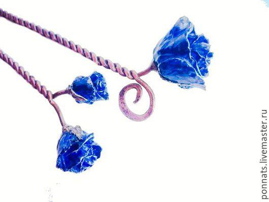 """Заколки ручной работы. Ярмарка Мастеров - ручная работа. Купить Шпильки для волос """"Розы индиго"""". Handmade. Тёмно-синий, заколка"""