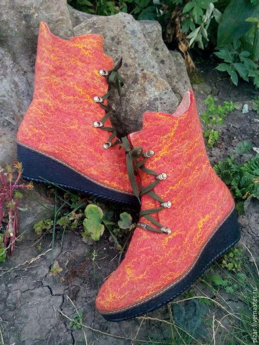 """Обувь ручной работы. Ярмарка Мастеров - ручная работа. Купить Сапожки-валенки """"Краски осени"""". Handmade. Оранжевый, сапоги, Сапожки"""