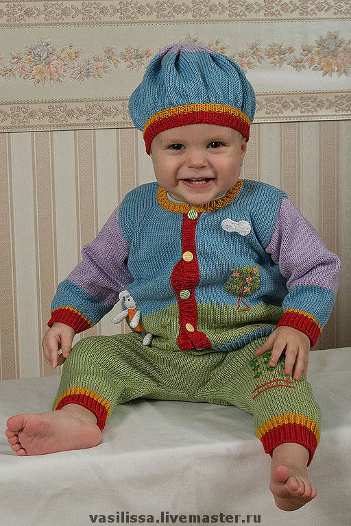 Детский костюм из хлопка