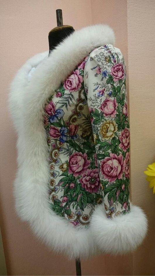Верхняя одежда ручной работы. Ярмарка Мастеров - ручная работа. Купить Куртка-жилетка из платка с мехом. Handmade. Шерсть 100%