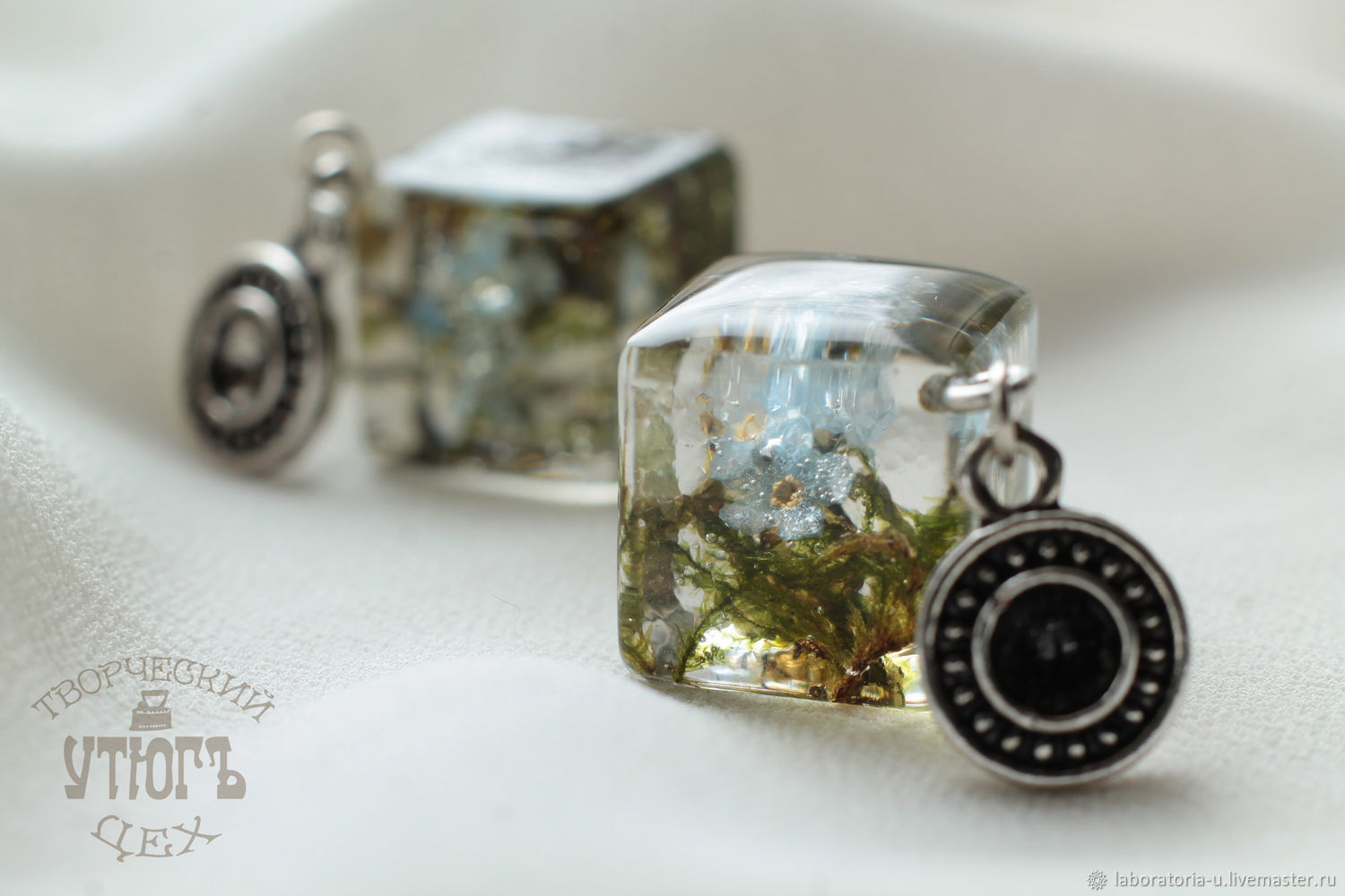 Earrings cubes of epoxy resin with real forget-me-nots and moss, Stud earrings, Samara,  Фото №1