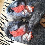 """Одежда ручной работы. Ярмарка Мастеров - ручная работа Варежки валяные из шерсти и пуха альпаки женские """"Снегири"""". Handmade."""