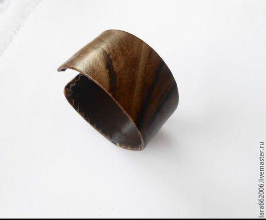 Браслет из натуральной кожи ШОКОЛАДКА, браслет из кожи,украшение на руку,браслет ручной работы,украшение из кожи,кожаное украшение,купить браслет из кожи,заказать браслет из кожи, коричневый, бежевый