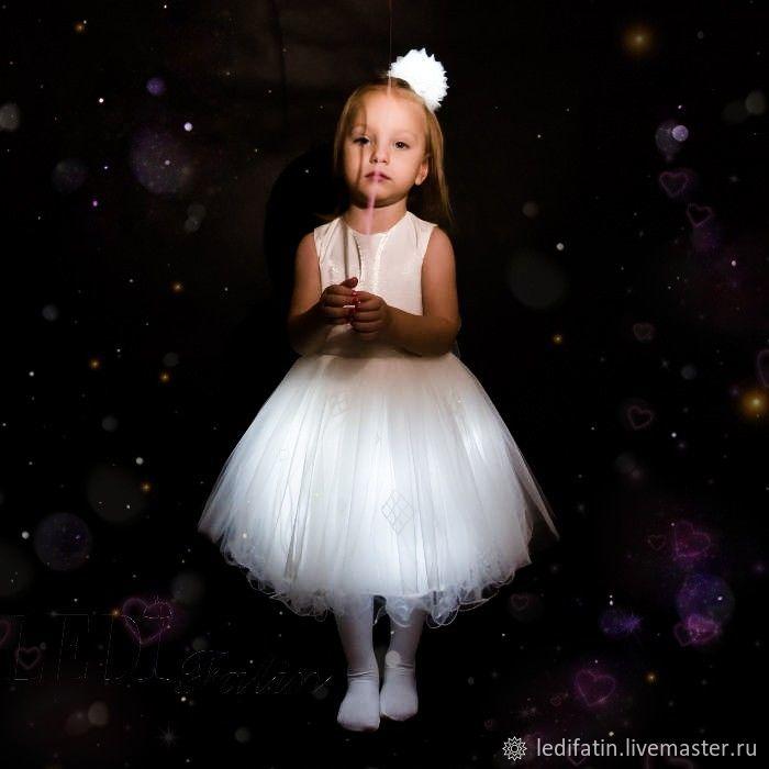 f3e99cb7fc71763 ... Светящееся нарядное белое платье. Одежда для девочек, ручной работы.  Ярмарка Мастеров - ручная работа. Купить Светящееся нарядное ...