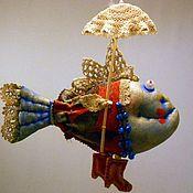 Куклы и игрушки ручной работы. Ярмарка Мастеров - ручная работа Рыба и зонтик. Handmade.