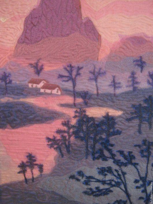 """Пейзаж ручной работы. Ярмарка Мастеров - ручная работа. Купить Квилт """"Сиреневый туман"""". Handmade. Сиреневый, лоскутное шитье, река"""