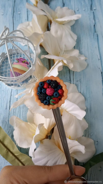 Ложки ручной работы. Ярмарка Мастеров - ручная работа. Купить Ложечка  ягодный пирог из полимерной глины. Handmade. Белый, ложка
