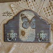 """Для дома и интерьера ручной работы. Ярмарка Мастеров - ручная работа Вешалка-ключница """"рapillon et la fleur"""". Handmade."""