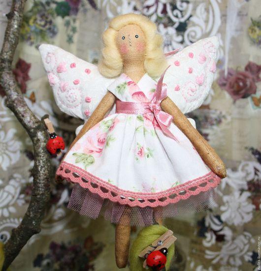 Фея- бабочка в розовом