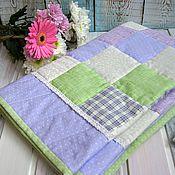 Для дома и интерьера ручной работы. Ярмарка Мастеров - ручная работа Лоскутное одеяло Лавандовое. Handmade.