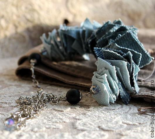 Колье, бусы ручной работы. Ярмарка Мастеров - ручная работа. Купить Колье ДЖИНСОВЫЕ ЛОСКУТКИ, джинс, шунгит. Handmade. Голубой