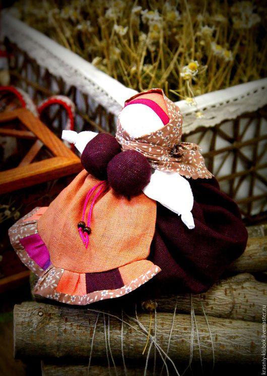 Народные куклы ручной работы. Ярмарка Мастеров - ручная работа. Купить Травница-ароматница. Handmade. Бордовый, травница, ароматизированная кукла