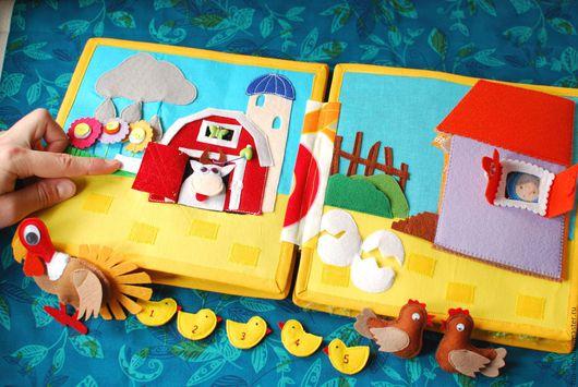 Развивающие игрушки ручной работы. Ярмарка Мастеров - ручная работа. Купить Развивающая книжка из фетра со стихами. Handmade.
