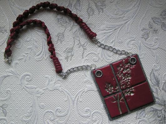 """Кулоны, подвески ручной работы. Ярмарка Мастеров - ручная работа. Купить Подвеска- медальон """"Серебряная Вишня"""" из полимерной глины. Handmade."""