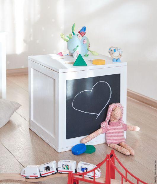 Детская ручной работы. Ярмарка Мастеров - ручная работа. Купить Ящик для игрушек, сортер. Handmade. Белый, сортер, меловая доска