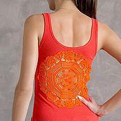 Одежда ручной работы. Ярмарка Мастеров - ручная работа Оранжевая майка с ажурной аппликацией на спине Размер XS-S. Handmade.