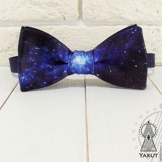 Галстуки, бабочки ручной работы. Ярмарка Мастеров - ручная работа. Купить Бабочка галстук Космос атласная / бабочка-галстук синяя. Handmade.