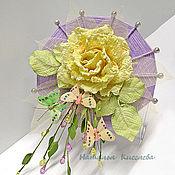 Цветы и флористика ручной работы. Ярмарка Мастеров - ручная работа Подарочная роза с бабочками. Handmade.