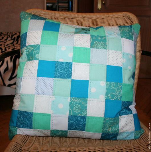 Текстиль, ковры ручной работы. Ярмарка Мастеров - ручная работа. Купить Пэчворк-подушка в бирюзовых тонах. Handmade. Подушка, нитки